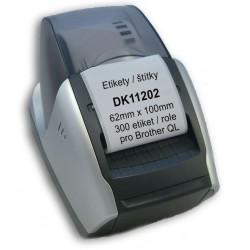 Etikety / Štítky DK11202 (DK-11202) 62mm x 100mm, 300 etiket / role, adresní štítky, kompatibilní pro Brother QL, bílé s držákem
